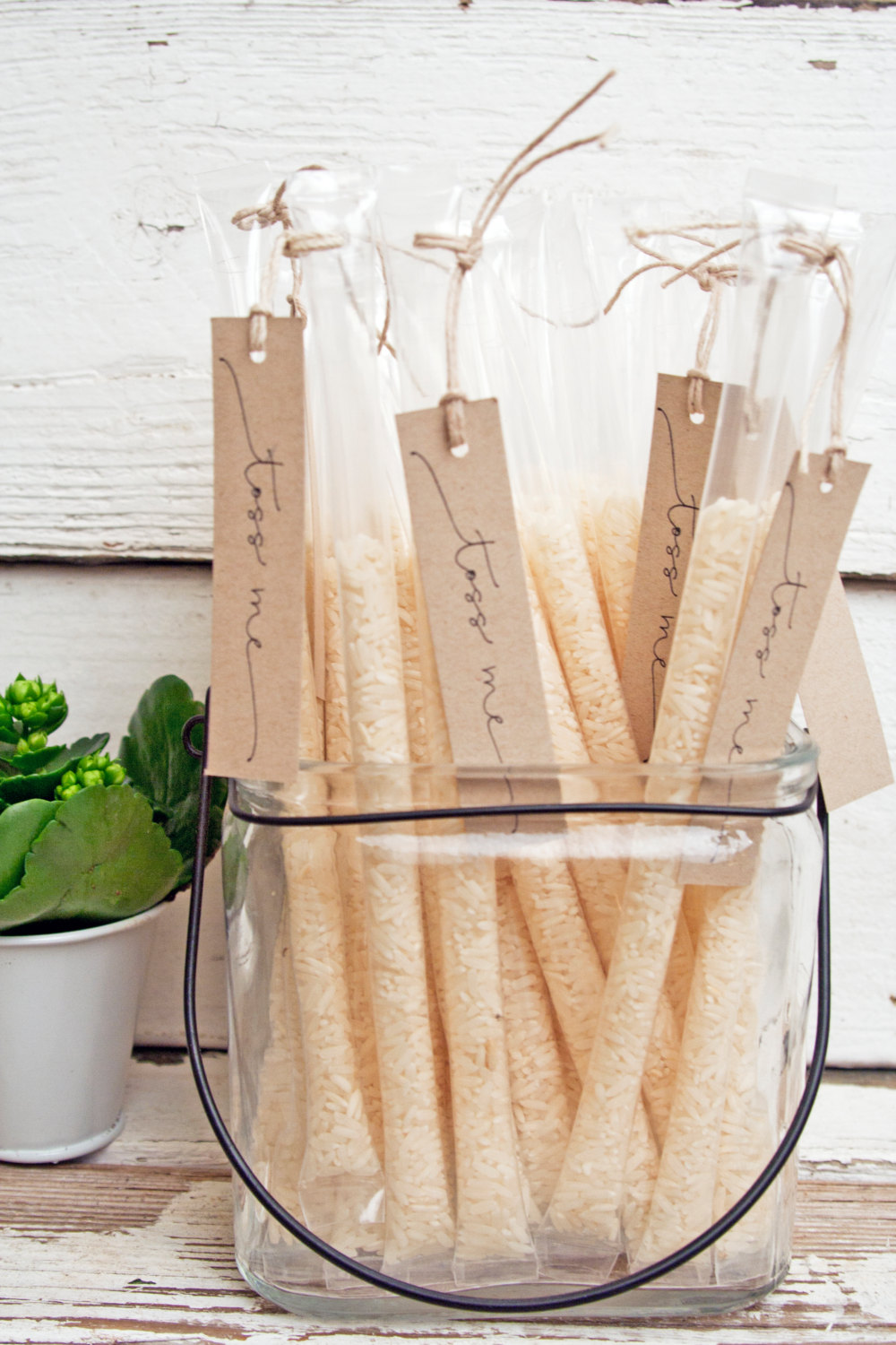 wedding confetti rice tubes by mavora