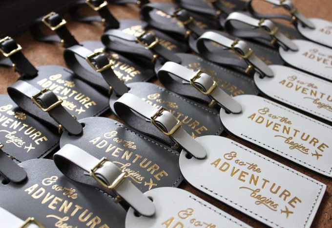 luggage tag favors