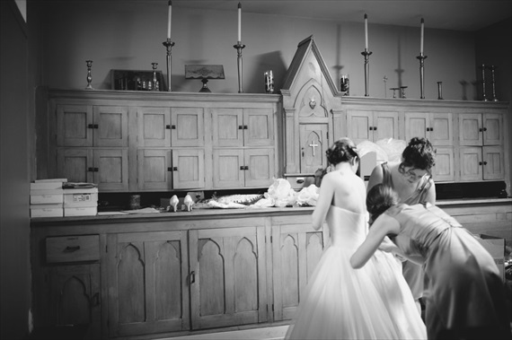 Duluth winter wedding - LaCoursiere Photography - bride at the church