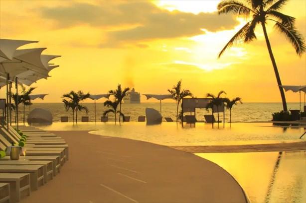 Hilton_PVR_sunset_01
