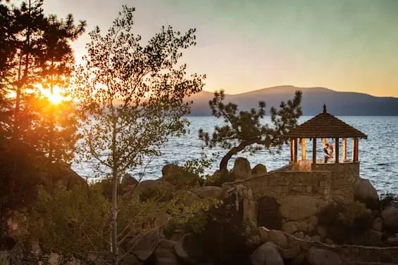 Johnstone Studios - thunderbird lodge wedding - bride and groom overlooking the lake