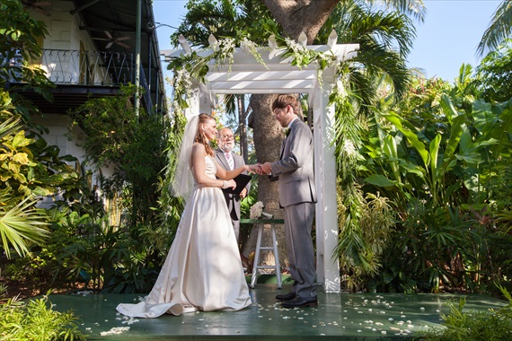 Filda Konec Photography - bride and groom get married in key west at the hemingway house