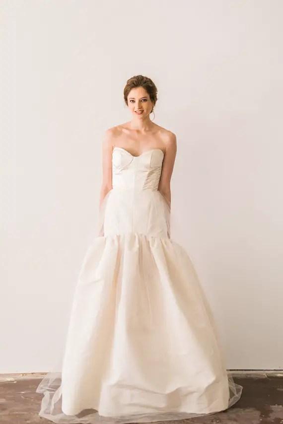 Fit-and-Flare Wedding Dress with Sweetheart Neckline   by Jillian Fellers   http://emmalinebride.com/bride/fit-and-flare-wedding-dress-sweetheart-neckline
