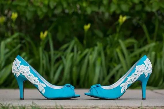 Wedding Shoe Tips - aqua heels (by Walkin On Air)