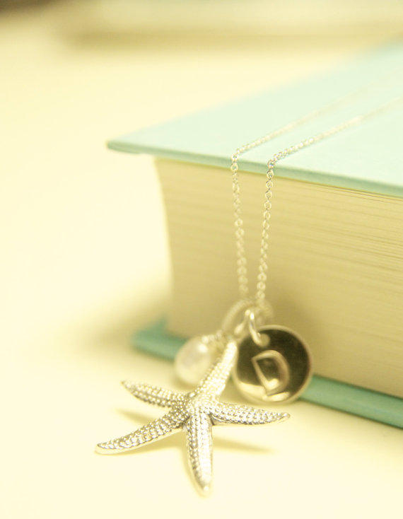 beach wedding necklace via beach wedding jewelry ideas