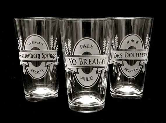 Groomsmen beer glasses - Best Groomsmen Gifts