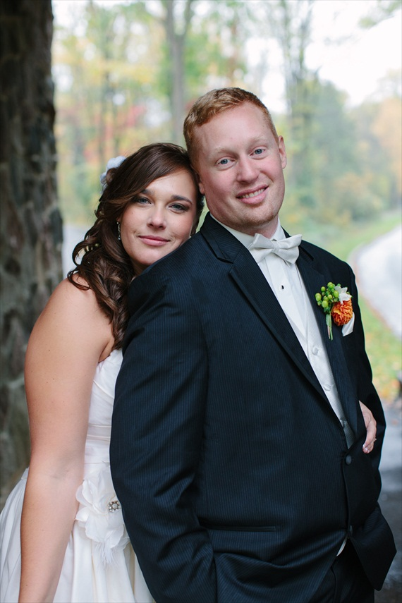 DIY Fall Wedding - Photo by Noelle Ann Photography - #bride #groom #happilyeverafter #love #wedding #justmarried