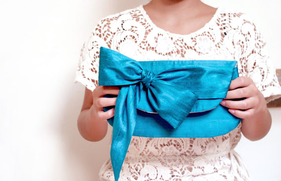 Wedding Bow Clutches (by Eclu)