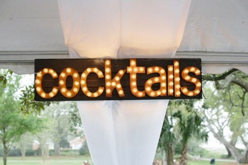 cocktails-wedding-marquee-lights