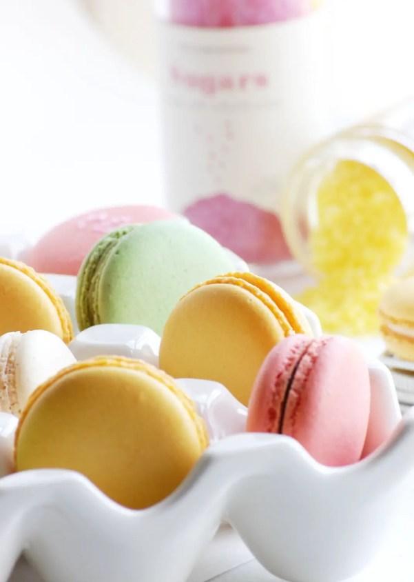 macarons | via http://emmalinebride.com/favors/giving-macaron-favors/
