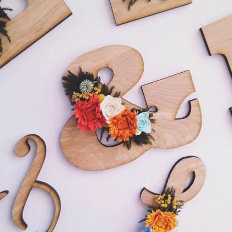 felt wooden ampersand middle