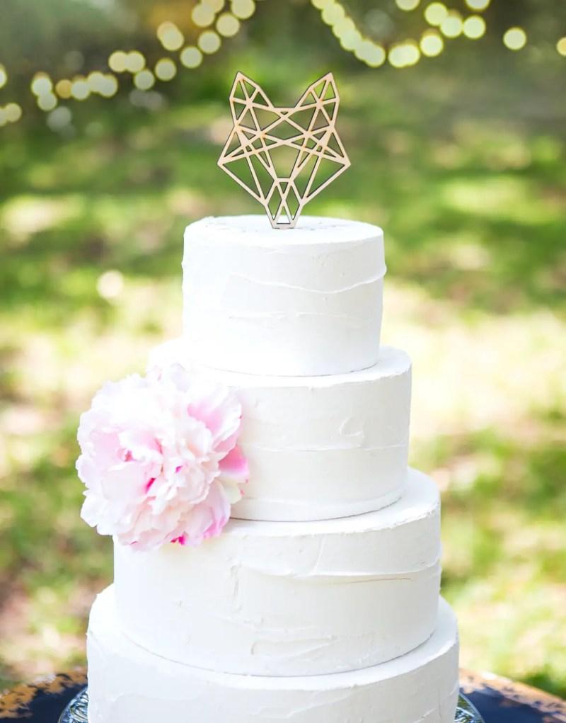 geometric fox cake topper by zcreatedesign | Fox Ideas Weddings via http://emmalinebride.com/rustic/fox-ideas-weddings/