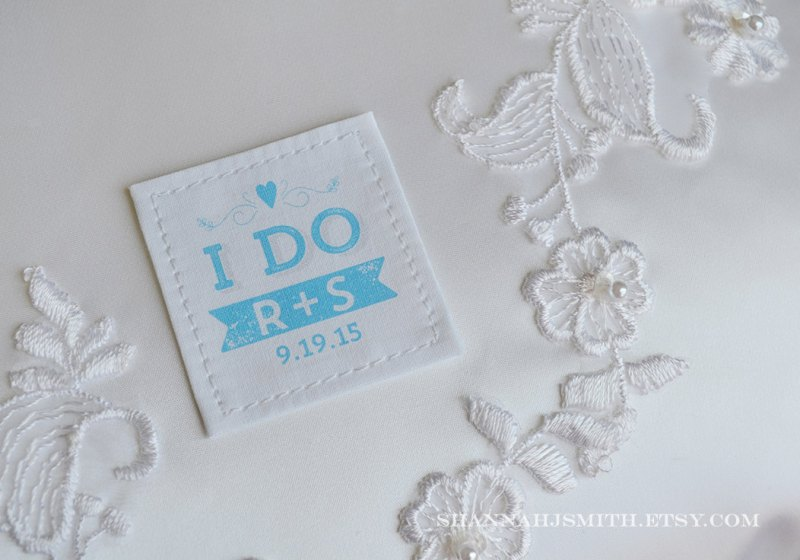 i do tie patch | via 10 NEW Something Blue Ideas | http://emmalinebride.com/bride/new-something-blue/