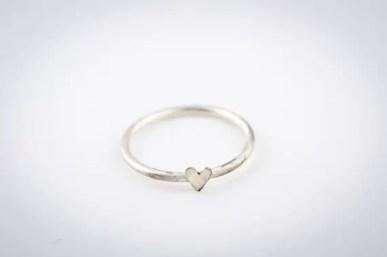 silver heart ring   via emmalinebride.com