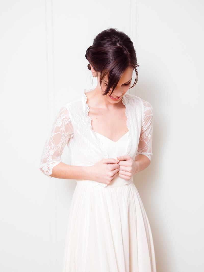 Bridal Cover Ups: lace bridal jacket by davie & chiyo | http://emmalinebride.com/bride/wedding-cover-ups/
