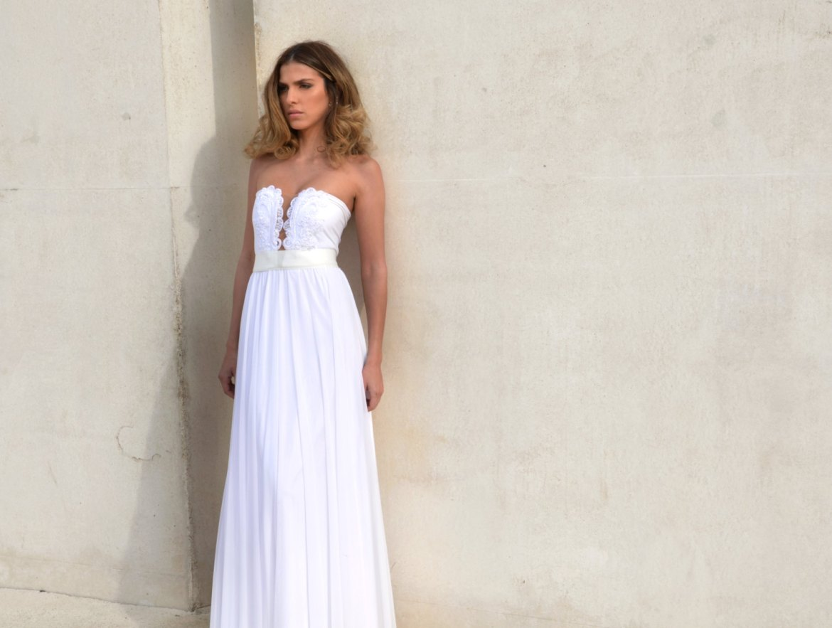 strapless boho wedding dress | dresses boho weddings http://emmalinebride.com/bridal-gowns/dresses-boho-weddings/