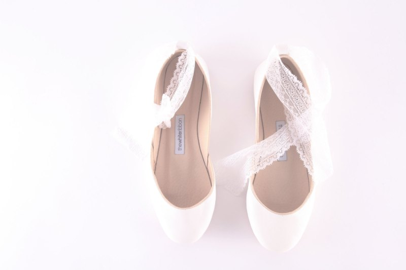 leather white ballet flats | via 31 Best Handmade Wedding Shoes http://emmalinebride.com/bride/handmade-wedding-shoes/