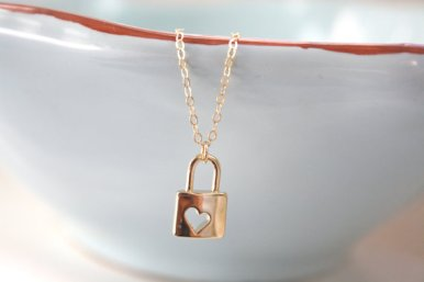 lock necklace by ava hope designs   via emmalinebride.com