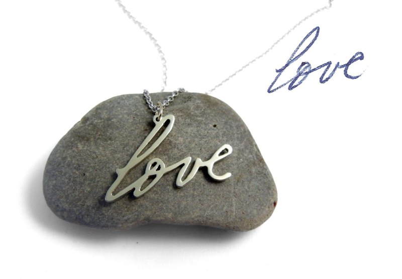 Handwriting Necklace | http://emmalinebride.com/bride/handwriting-necklace/
