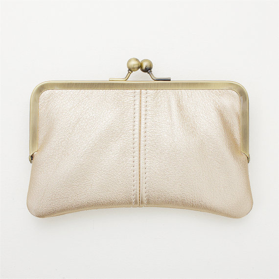 Stylish metallic platinum gold leather clutch by Jilly Designs.  Perfect for your handmade wedding!
