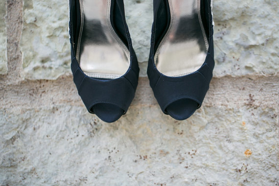 navy peep toewedding shoes for bride | via http://emmalinebride.com/bride/wedding-shoes-for-bride/
