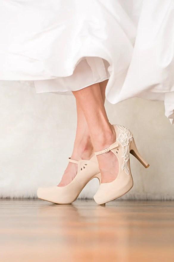 nude platform heels wedding shoes for bride | via http://emmalinebride.com/bride/wedding-shoes-for-bride/