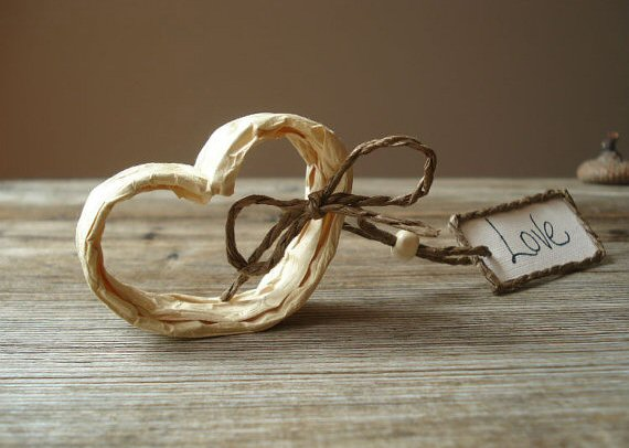 paper heart place card holders