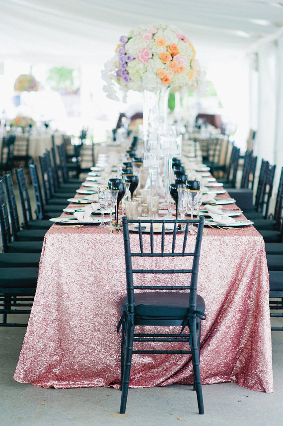7 Chic Wedding Tablecloth Ideas + Styles   Sequins