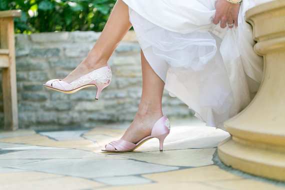 Wedding Shoe Tips - pink heels (by Walkin On Air)