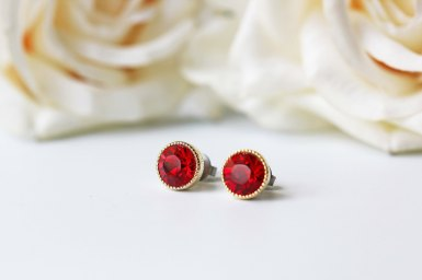 tiny garnet earrings by kaorikaori   via emmalinebride.com   valentine jewelry etsy