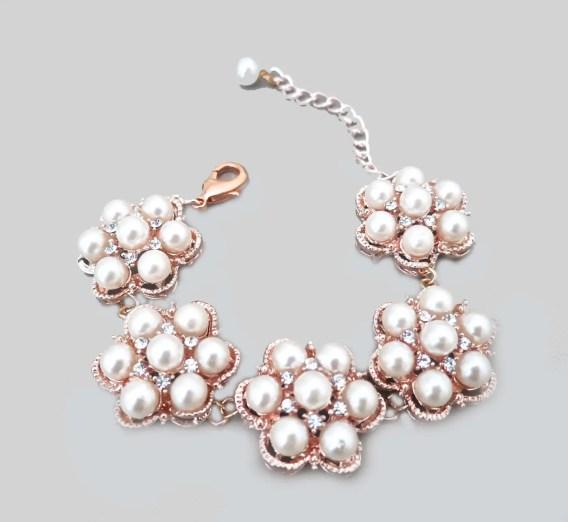 rose gold wedding pearl bracelet