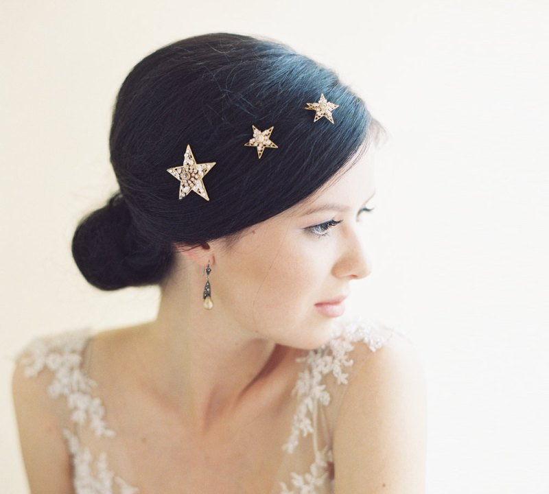 30 Beach Wedding Hairstyles Ideas Designs: 30 Ideas That Will Make Starry Night Weddings Your Favorite