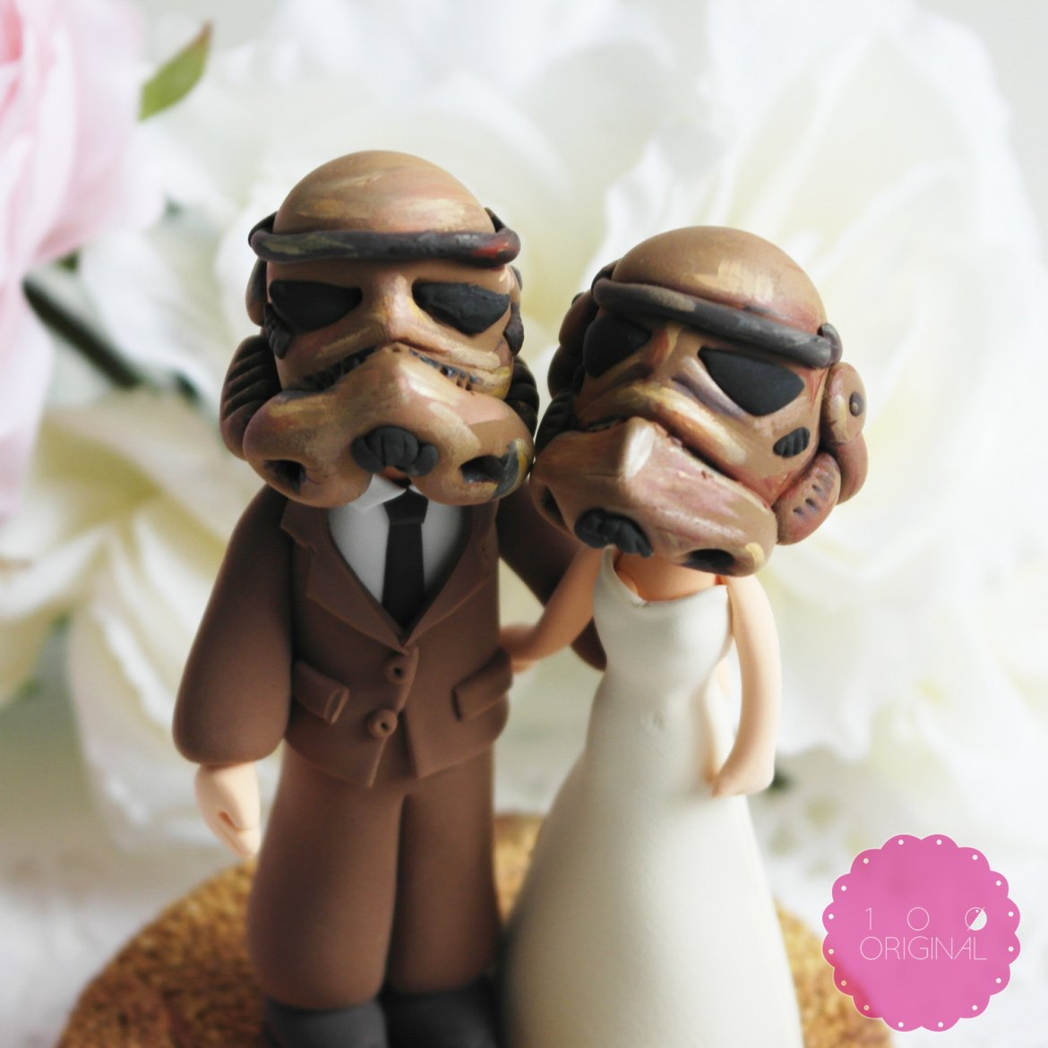 storm troopers cake topper - 9 Adorable Custom Made Cake Toppers via http://emmalinebride.com/decor/custom-made-cake-toppers/