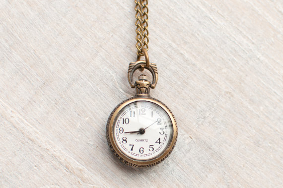 vintage watch necklace   via http://emmalinebride.com/planning/tips-to-be-on-time/