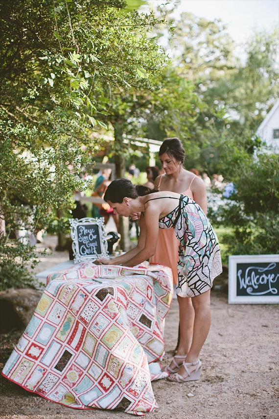 wedding gift ideas from a to z - wedding quilt for guests to sign by sarah says sew