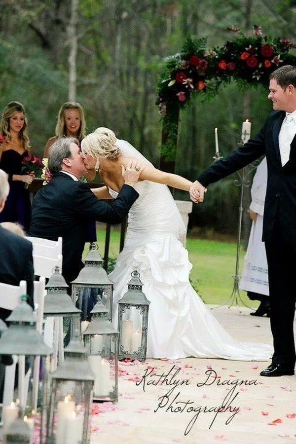 10 Touching Father Daughter Wedding Moments Emmalovesweddings