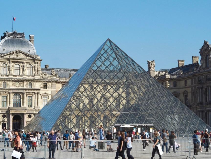 A WEEKEND IN PARIS FRANCE - EMMA MUMFORD