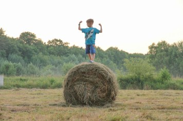 Simon on hay roll