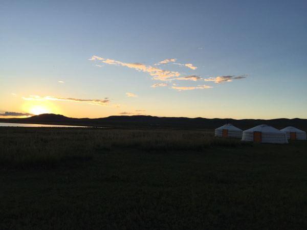 Photo du soleil levant du voyage en Mongolie