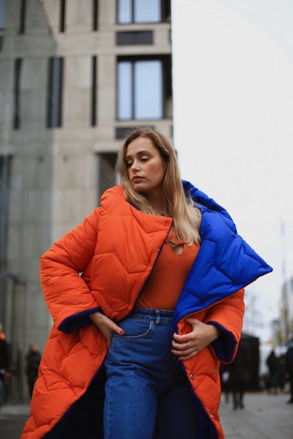 помаранчево-синій двосторонній пуховик Emma Raiment 1