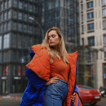 помаранчево-синій двосторонній пуховик Emma Raiment 8