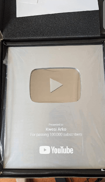 youtube plaque for crossing 100,000 subscribers