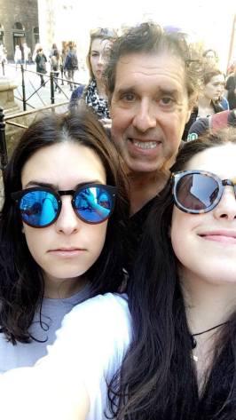 selfi with mom dad saarh