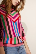 https://www.chintiandparker.com/uk/cashmere-shop/cashmere-sweaters/pink-aztec-stripe-cashmere-sweater