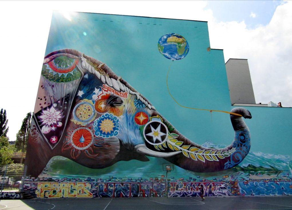 Murales Kreuzberg: il bellissimo elefante di Jadore Tong