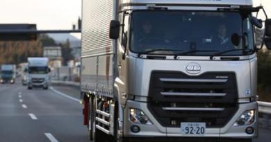 UD - Autonom Truck -platooning_short