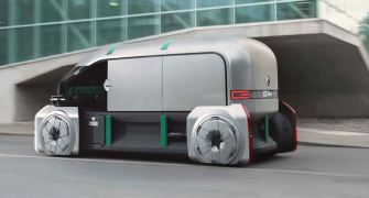 "Autonmomer Transporter von Renault ""on the road"""