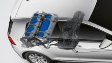 VW - Golf TGI - ERDGAS Auto - Anrieb Erdgas - Detail zeigt schematisch den Aufbau der Erdgasanlage in Auto - Foto VW - VW plant 50 neue Elektroauto Modelle