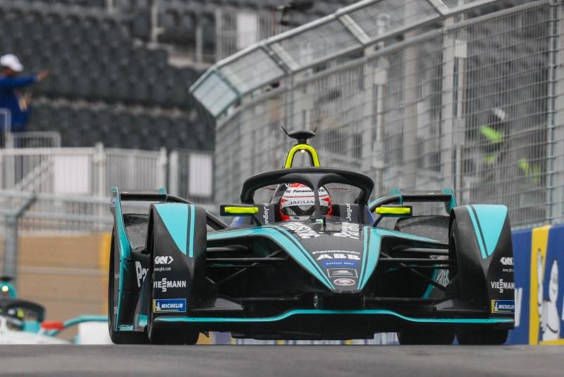 Nelson-Piquet-Jr.-BRA-Panasonic-Jaguar-Racing-Jaguar-I-Type-3-Formel-E-Foto-FIA-