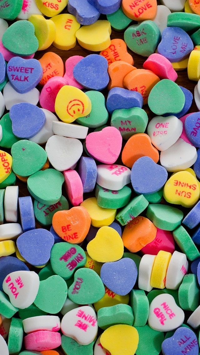 7d727616d77bad93b0a1f3f2fcde715f--candy-hearts-valentines-hearts